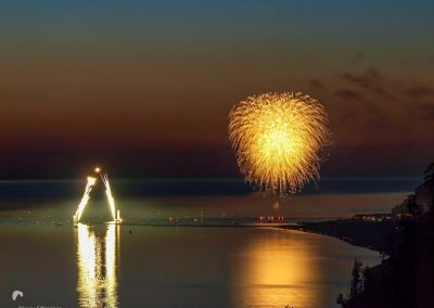 fireworks pier to pier